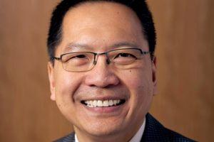 Bác sĩ gốc Việt làm Giám đốc Trung tâm Y tế tại ĐH Harvard