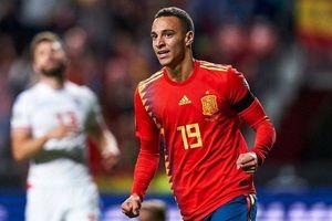 Tây Ban Nha cùng Italia duy trì mạch thắng ấn tượng