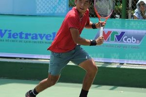 Lý Hoàng Nam đấu VTF Masters 500 lần 3 trong màu áo mới