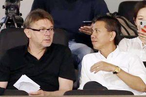HLV Philippe Troussier dẫn dắt U18 Việt Nam