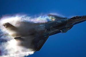 Đội hình J-20 lớn nhất lịch sử là dấu hiệu việc sản xuất hàng loạt?