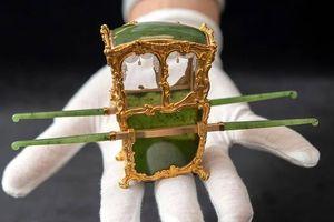 Chiếc kiệu tinh xảo hơn 100 tuổi của quý tộc Nga được rao bán gần 30 tỷ đồng