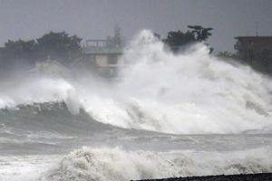 Siêu bão Faxai đổ bộ Nhật Bản, hàng chục nghìn người phải sơ tán