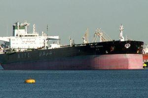 Iran sử dụng đội tàu chở dầu bí ẩn 'lách' lệnh trừng phạt Mỹ