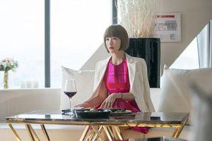 14 năm sau 'Nàng Kim Sam Soon', Kim Sun Ah vẫn đẹp như búp bê, khoe dáng cực chuẩn ở tuổi U50