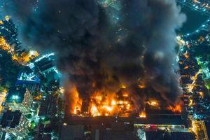 Thủ tướng yêu cầu Chủ tịch Nguyễn Đức Chung bảo đảm an toàn cho người dân sau vụ cháy công ty Rạng Đông