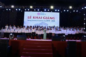 Đại học Đông Á trao hơn 10 tỷ đồng học bổng cho sinh viên ngày khai trường