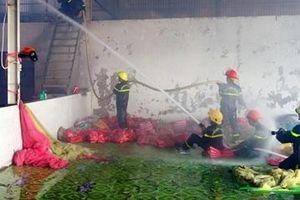 Kịp thời dập tắt vụ cháy trong khu công nghiệp