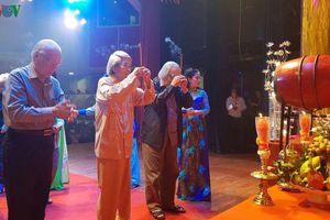 Dâng hương, tri ân tổ nghiệp ngành sân khấu tại TPHCM