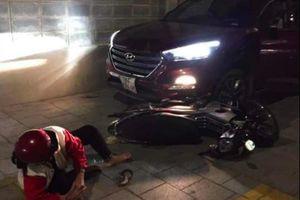 Người đàn ông lái ô tô đâm 2 người ở chung cư: Do tranh giành chỗ đỗ xe