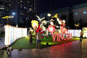 Trung tâm thương mại, siêu thị Hà Nội trang trí sáng rực đón Trung Thu