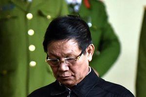 Ông Phan Văn Vĩnh bị khởi tố do chỉ đạo bán tang vật vụ buôn lậu