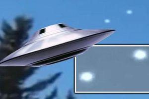 Rộ tin xuất hiện cặp tàu vũ trụ ngoài hành tinh trên bầu trời New York