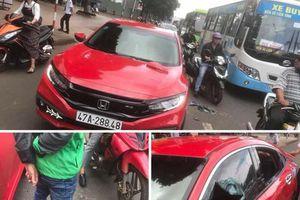 Thầy chùa vác gậy đập vỡ kính ôtô người đi đường ở Đắk Lắk khai gì?