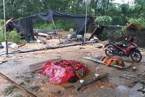 Mưa lớn, tường đổ đè chết 3 người ở Thái Nguyên