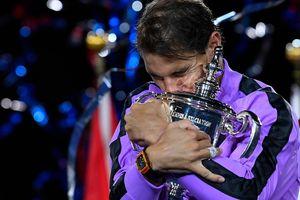 Rafael Nadal lần thứ 4 'ẵm' cúp US Open