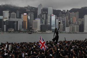 Hàng trăm nghị sĩ Anh gửi thư đề nghị giúp người Hong Kong
