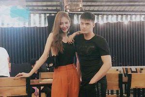 Sau gần 3 năm bên nhau, Linh Chi chính thức công bố chuyện đăng ký kết hôn với Lâm Vinh Hải