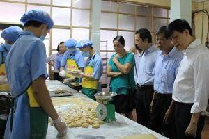 Hà Nội tập trung tuyên truyền an toàn thực phẩm các làng nghề mùa Trung thu