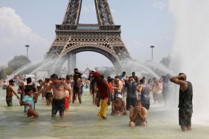 Khi người Pháp không chịu được nóng