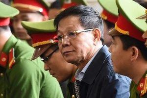 Cựu Trung tướng Phan Văn Vĩnh tiếp tục bị khởi tố trong vụ án buôn gỗ lậu