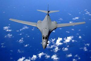 Máy bay B-1B của Mỹ chở được vũ khí siêu thanh