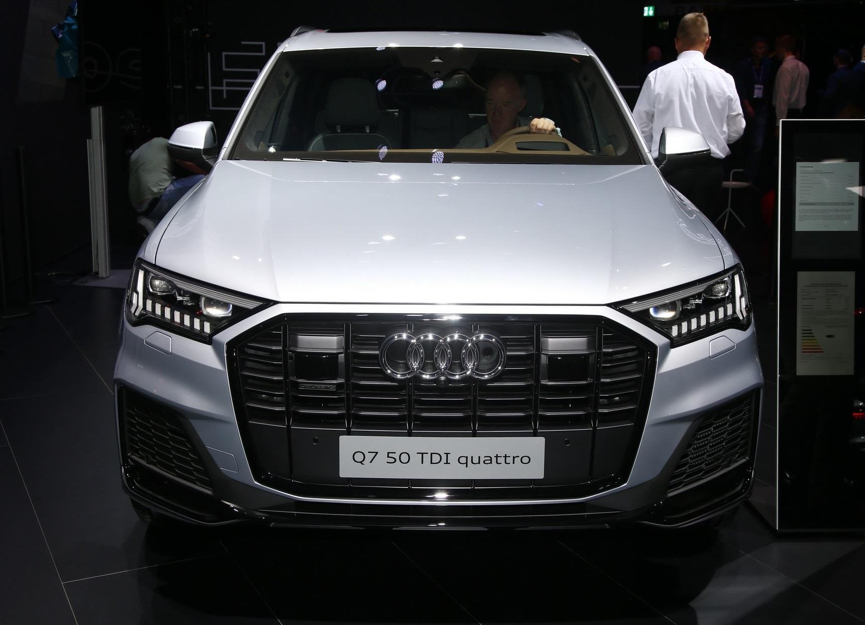 Audi Q7 2020 xuất hiện, nội thất sang và hiện đại