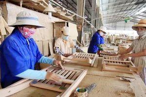 Khan hiếm lao động chế biến gỗ có tay nghề