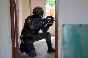 Lực lượng đặc nhiệm, chống khủng bố Việt Nam từng dùng súng tiểu liên nào?