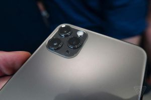 Vừa xuất hiện, thiết kế của iPhone 11 Pro và Pro Max của nhà táo đã bị chê tơi tả