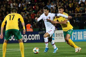 Ronaldo lập kỷ lục ghi bàn ở vòng loại EURO