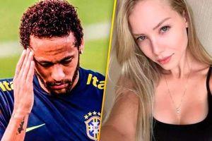 Người mẫu tố cáo Neymar hiếp dâm bị buộc tội tống tiền ở Brazil