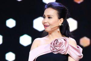 Cẩm Ly khoe hát live cải lương ngọt ngào sau thời gian mất giọng