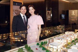 Hoa hậu Thu Thảo tái xuất xinh đẹp, tham dự sự kiện của ông xã Trung Tín