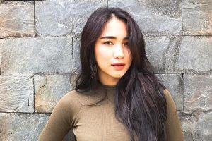 Phản ứng 'mềm như bún' lạ lùng của Hòa Minzy khi bị anti-fan chỉ trích ăn bám người tình thiếu gia