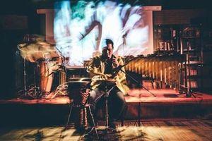 'Giao mùa': Nơi gặp gỡ của 'phù thủy' bộ gõ và người thắp lửa guitar