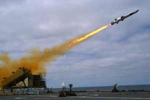 Mỹ đem tên lửa chống hạm cực mạnh tới Thái Bình Dương cân bằng sức mạnh
