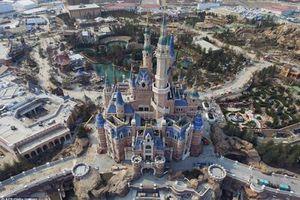 Disneyland Thượng Hải 'cấm cửa' mỳ ăn liền và sầu riêng