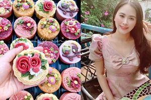 Trung thu đến sớm với mẻ bánh hoa nổi từ food blogger Tô Hưng Giang