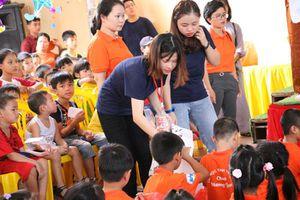 Trung thu ấm áp đến với trẻ em nghèo