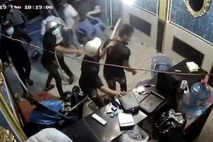 Vụ giang hồ đập phá nhà hàng ở Sài Gòn: Khởi tố thêm kẻ kéo đàn em đi đập phá