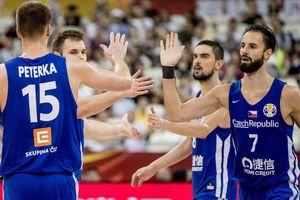 'Thả nhẹ' 13 quả 3 điểm vào rổ Ba Lan, Cộng hòa Czech giành chiến thắng với tỉ số cách biệt ở FIBA World Cup 2019