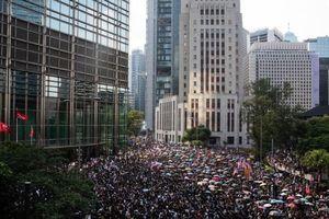 Giới chức Hong Kong không biết tìm ai đàm phán ngăn biểu tình