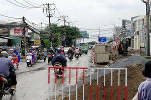 Cận cảnh đường Lương Định Của thi công ì ạch