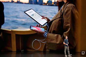 iPhone Pro lạc lõng trong thế giới Apple