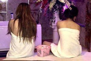Nhân viên massage Monaco, Phước Lộc Thọ kích dục cho khách: Sốc về tiền 'đi khách'