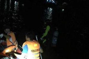 Lật thuyền trên sông, 1 phụ nữ mất tích