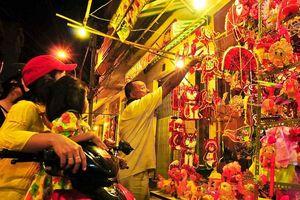 Thị trường lồng đèn nhộn nhịp trước ngày Trung Thu