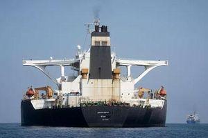 Anh cáo buộc tàu của Iran chuyển dầu cho Syria