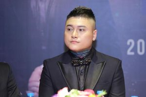 Vũ Duy Khánh làm liveshow thực hiện lời hứa với người cha quá cố